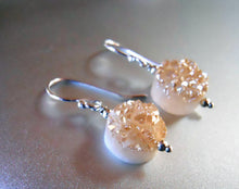 Load image into Gallery viewer, Sugar Drops Single Peach Champagne Druzy Earrings