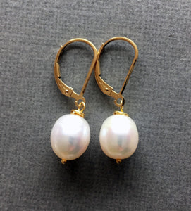 Just a drop Pearl Earrings