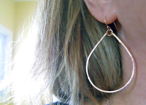 "ROSE GOLD Kristiana Hammered 2"" Hoop Earrings Size: Medium 14K"