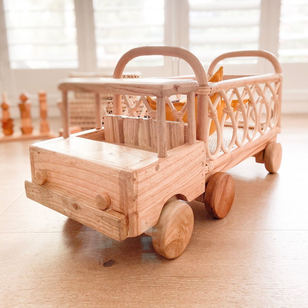 Rattan Toy Truck - Dimple and Dot