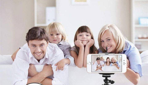 Snowing Deals - Flexible Mini Tripod - Family Picture