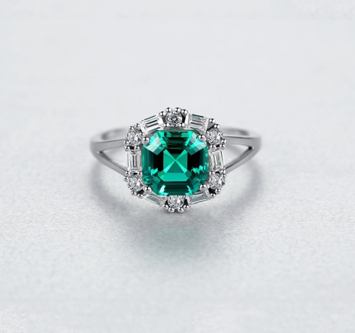 Gratitude Asscher-Cut Halo Ring