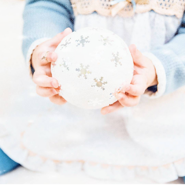 How Mindful Parenting Can Help You Move From Chaos to Connection Over the Holiday Season
