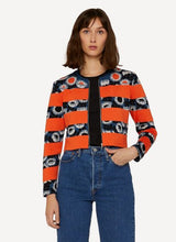 Laden Sie das Bild in den Galerie-Viewer, Oleana Darling buds Cropped Cardigan