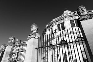 The Emperors Heads outside the Sheldonian Theatre