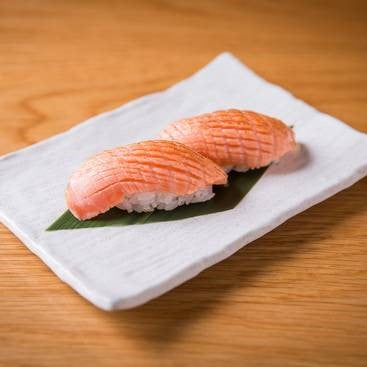 Load image into Gallery viewer, SALMON BELLY NIGIRI 2 PIECES