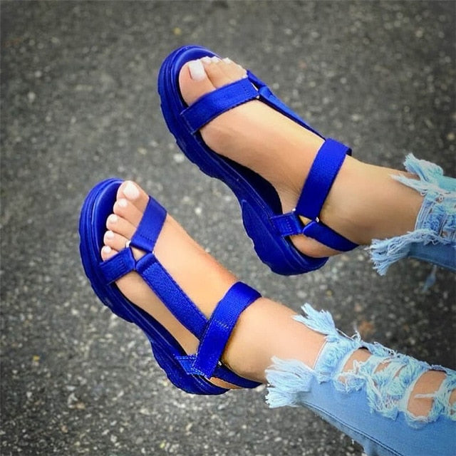 Woman's Flat Comfortable Wedge Platform Sandals - Peril