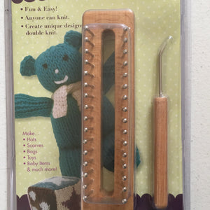The Tadpole Knitting Loom