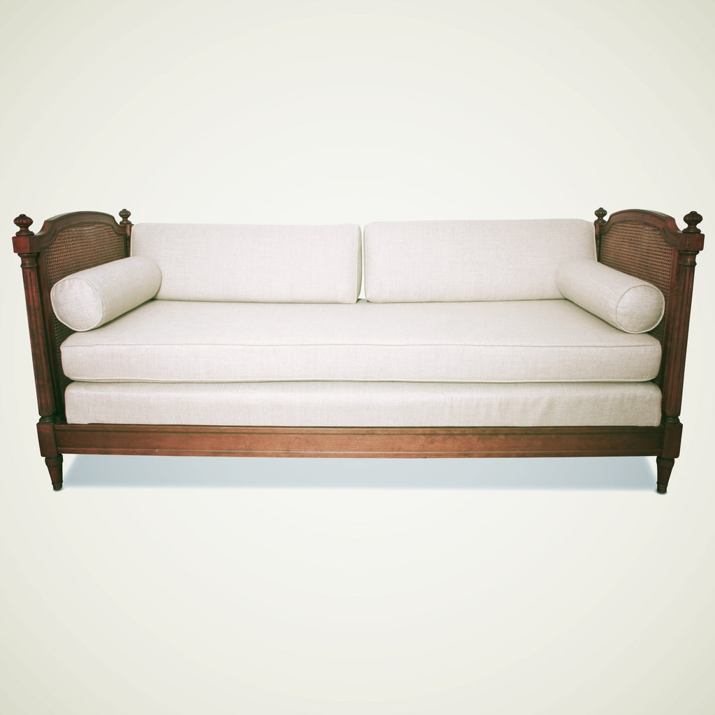 vintage cane daybed - Vintage Cane Daybed - F.in.d.s. Furnishings.interiors.design.style