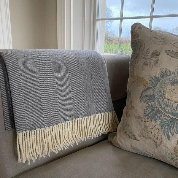 Luxury Supersoft Herringbone Lambswool Throw Grey