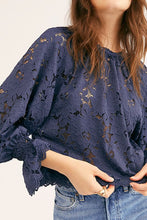 Load image into Gallery viewer, Free People Olivia Lace Top