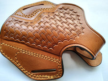 Load image into Gallery viewer, Handcrafted Leather Belt Basket Weave Holster for Smith and Wesson 686 Snub Nose (R.H)