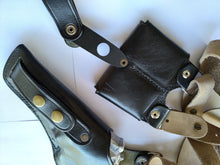 Load image into Gallery viewer, Vertical Leather Shoulder Holster with Ammo Pouches For Smith and wesson 357 magnum 3,or 4 inch