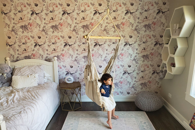 7 Reasons to Hang a Hammock Chair in Kid's Room