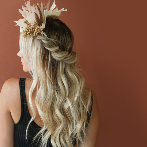 Two Minute Tuesday: Bridal Headpiece