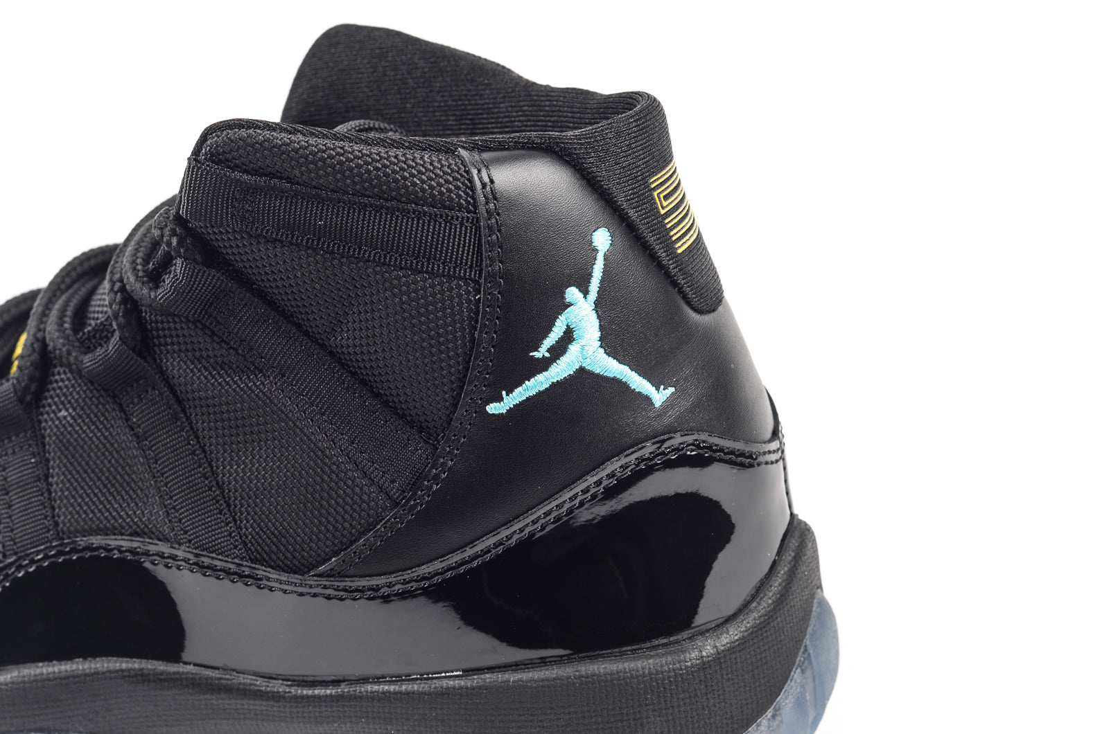 huge discount 548e2 0d9db Air Jordan 11