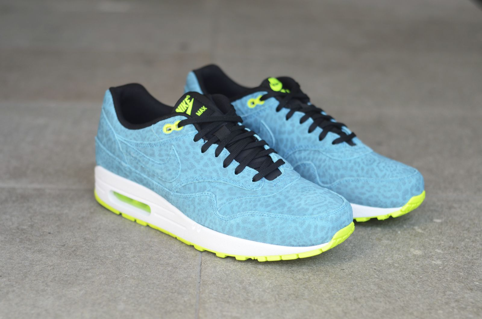 air max fb blue leopard