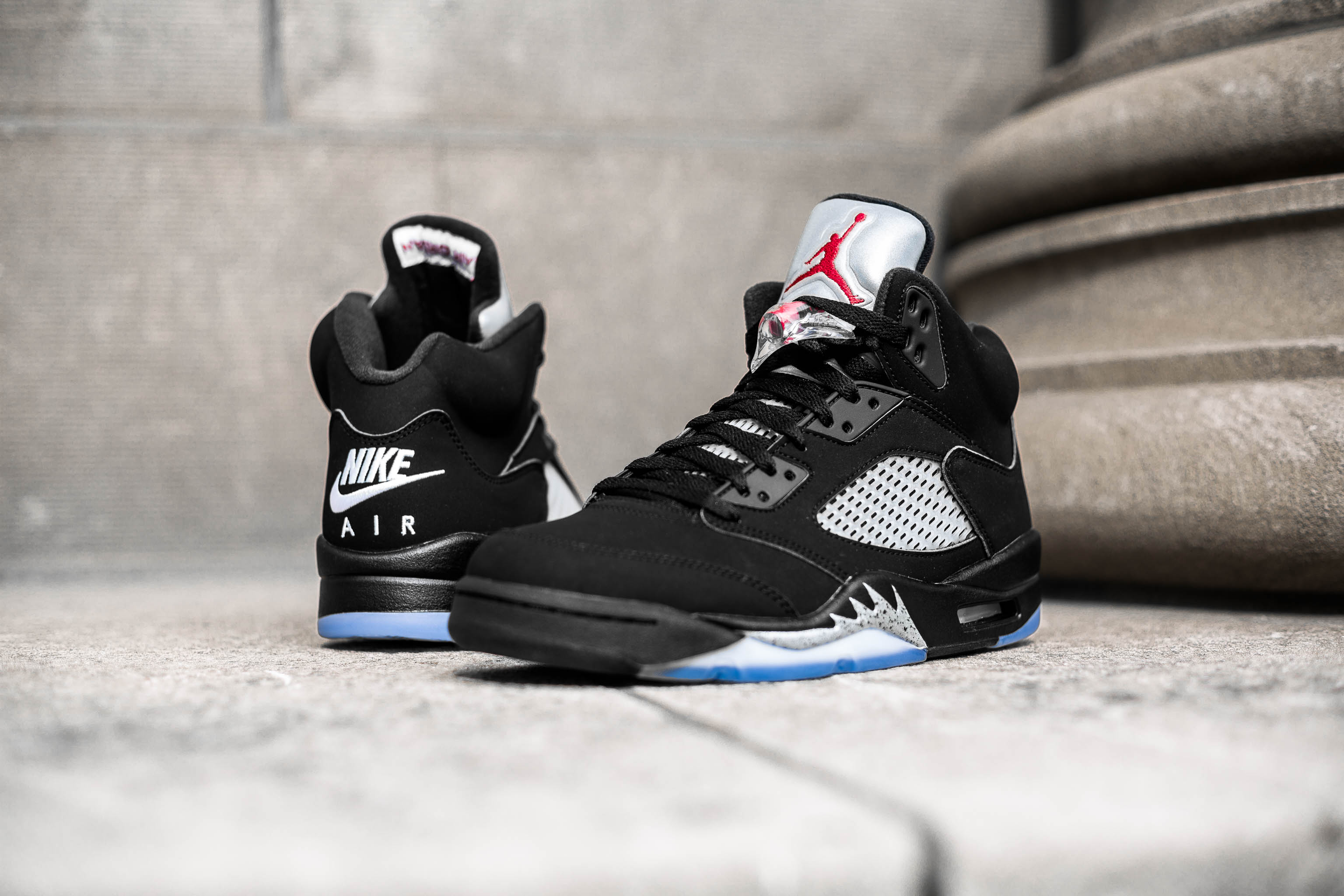d5e150b5d4c The OG Air Jordan 5 Retro is back with a vengeance, this time with the  original details in place. To maintain the authenticity, Air Jordan has  included the ...
