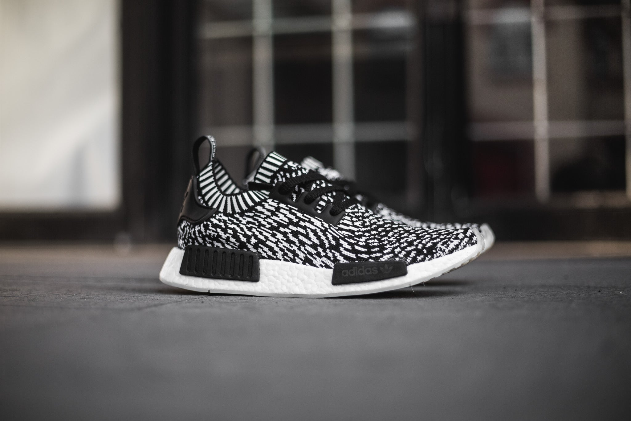 huge selection of 50d08 206c5 adidas NMD R1 PK
