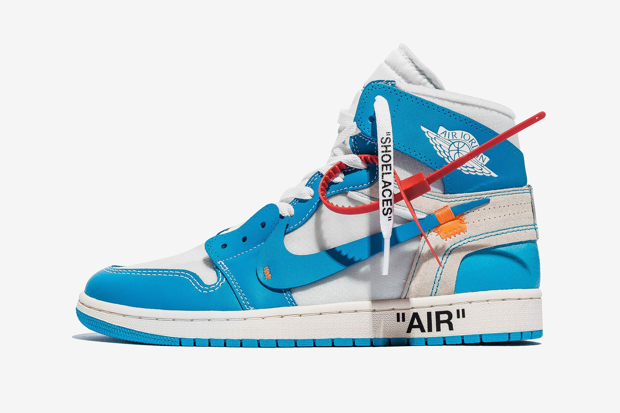 OFF–WHITE x Air Jordan 1