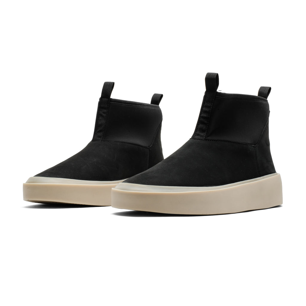 Polar Wolf Boot 001 Black