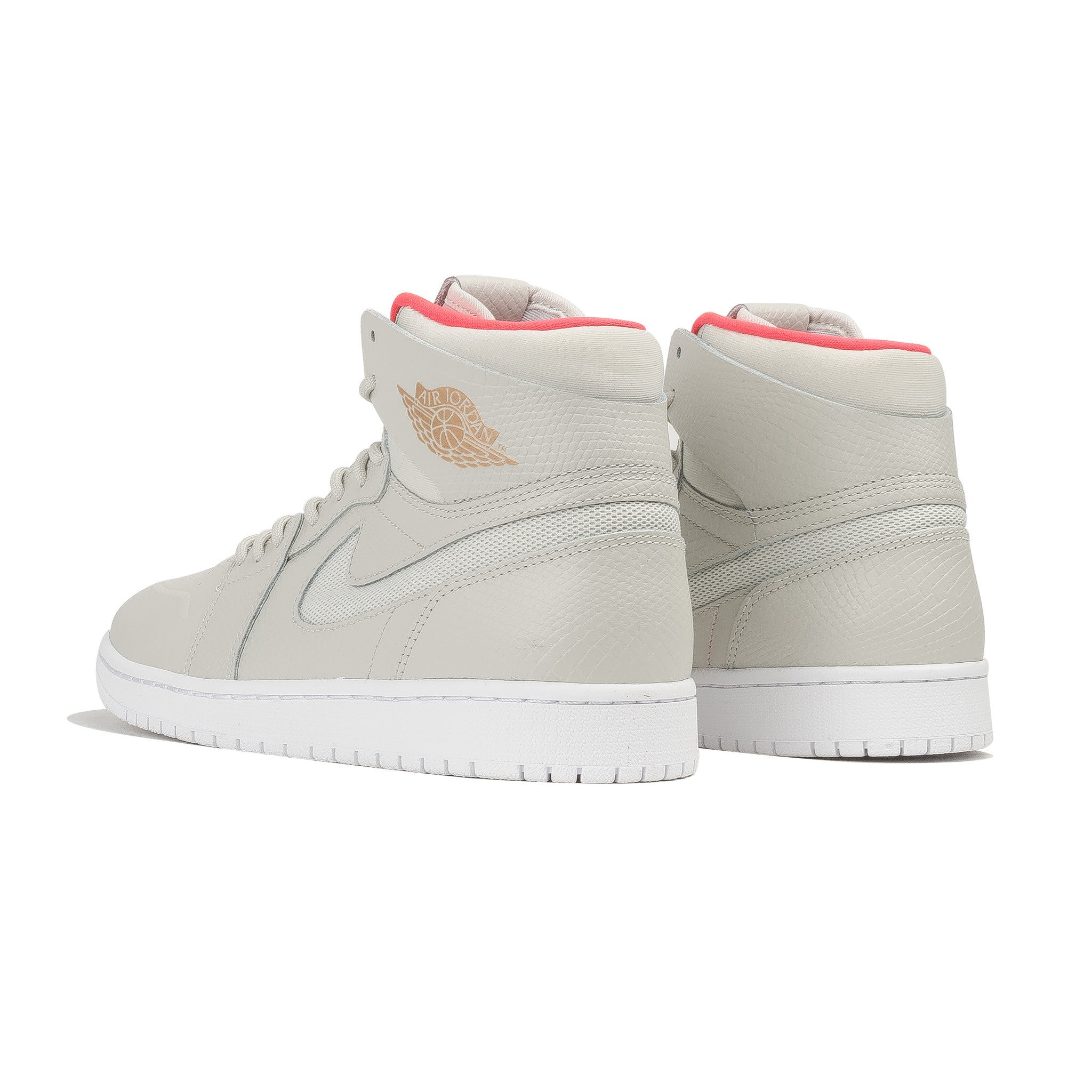 Air Jordan 1 Retro Hi Nouv 819176-050