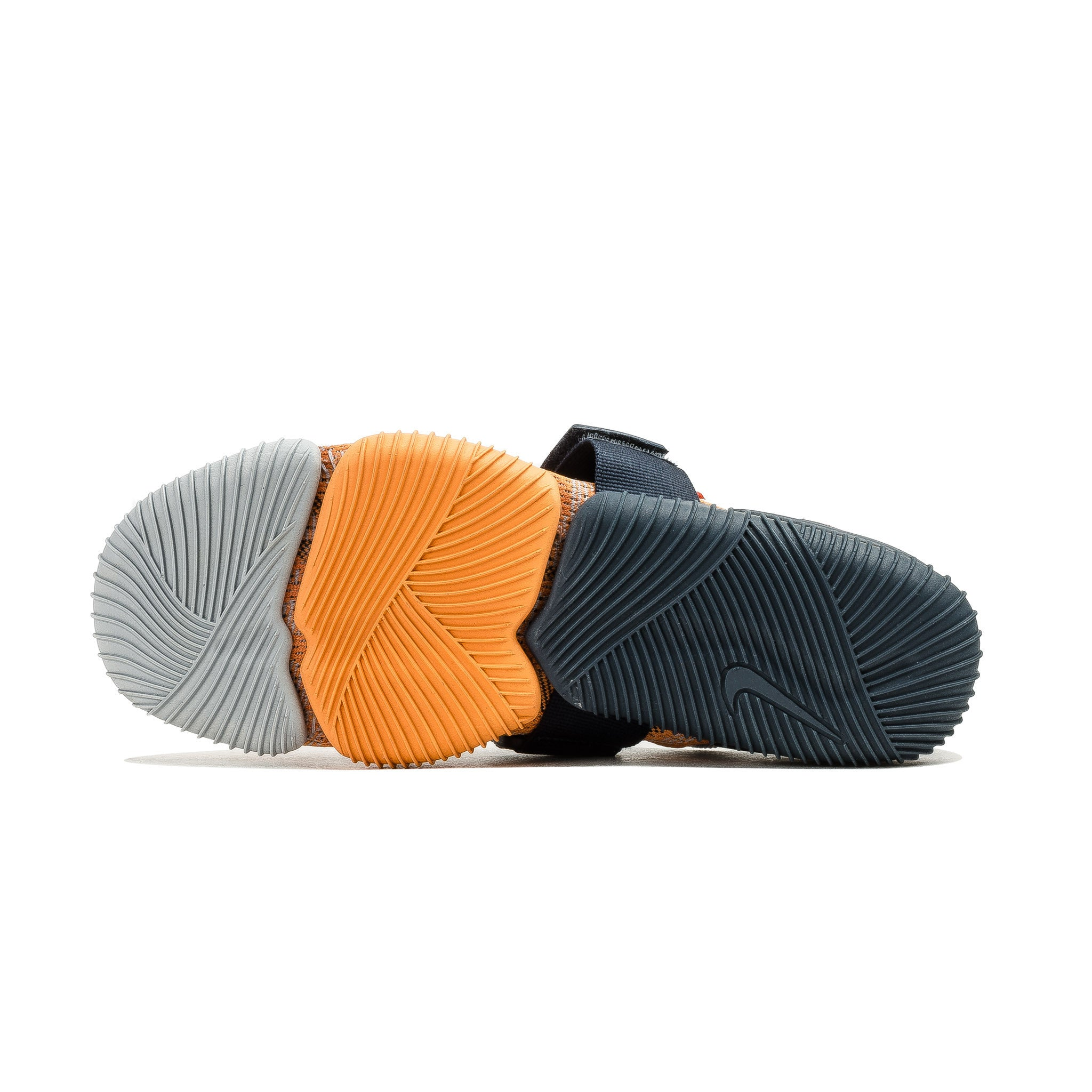 Aqua Sock 360 QS  902782-001 Grey