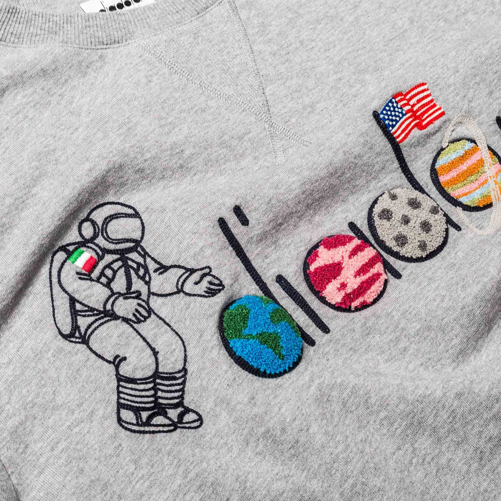 LC23 Spaceman Sweater Grey