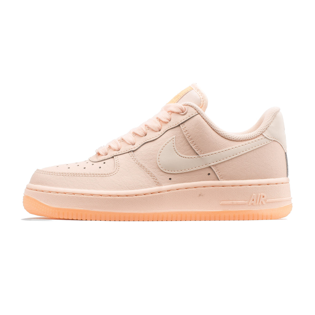 WMNS Air Force 1 07 Essential AO2132-800