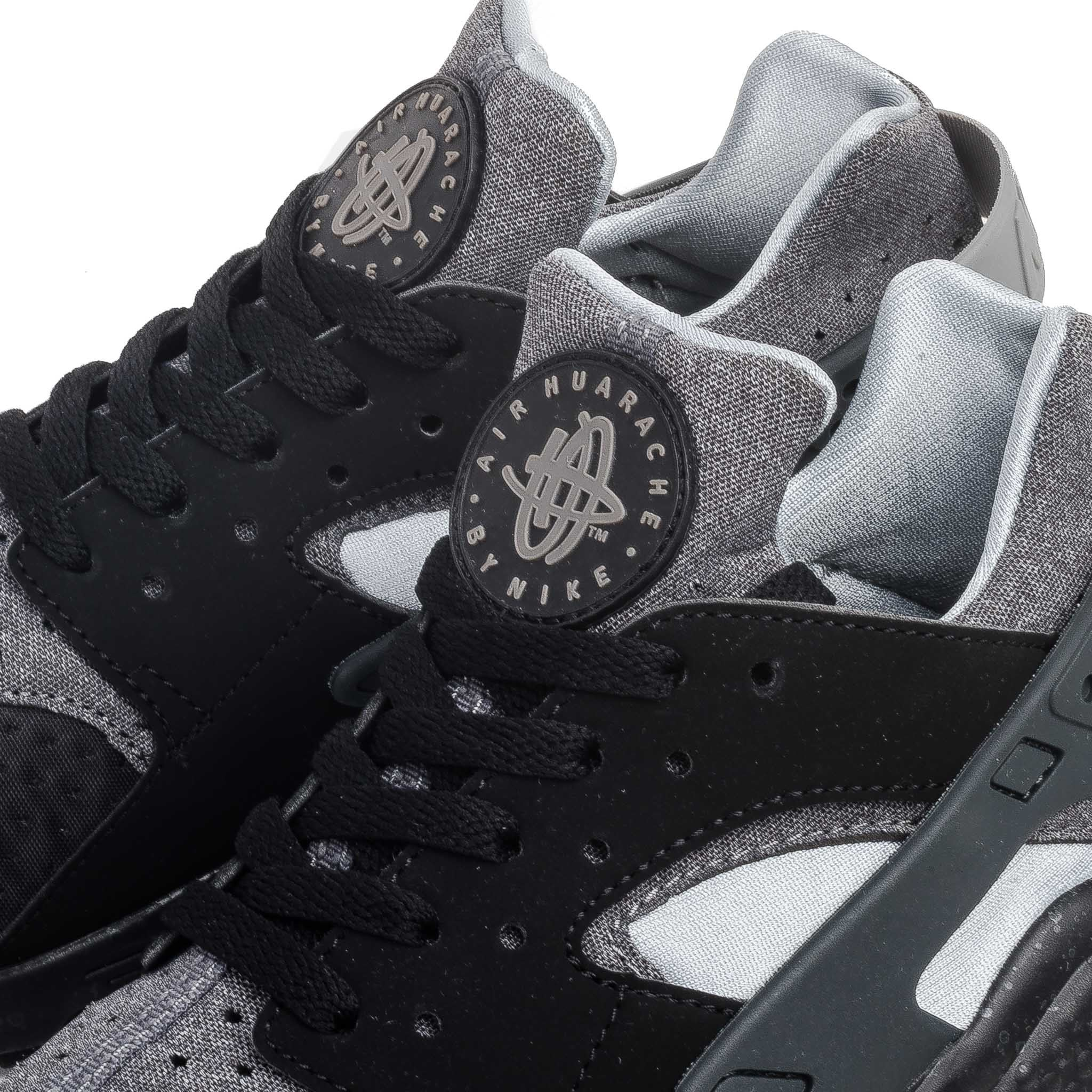 Air Huarache Run SE 852628-001