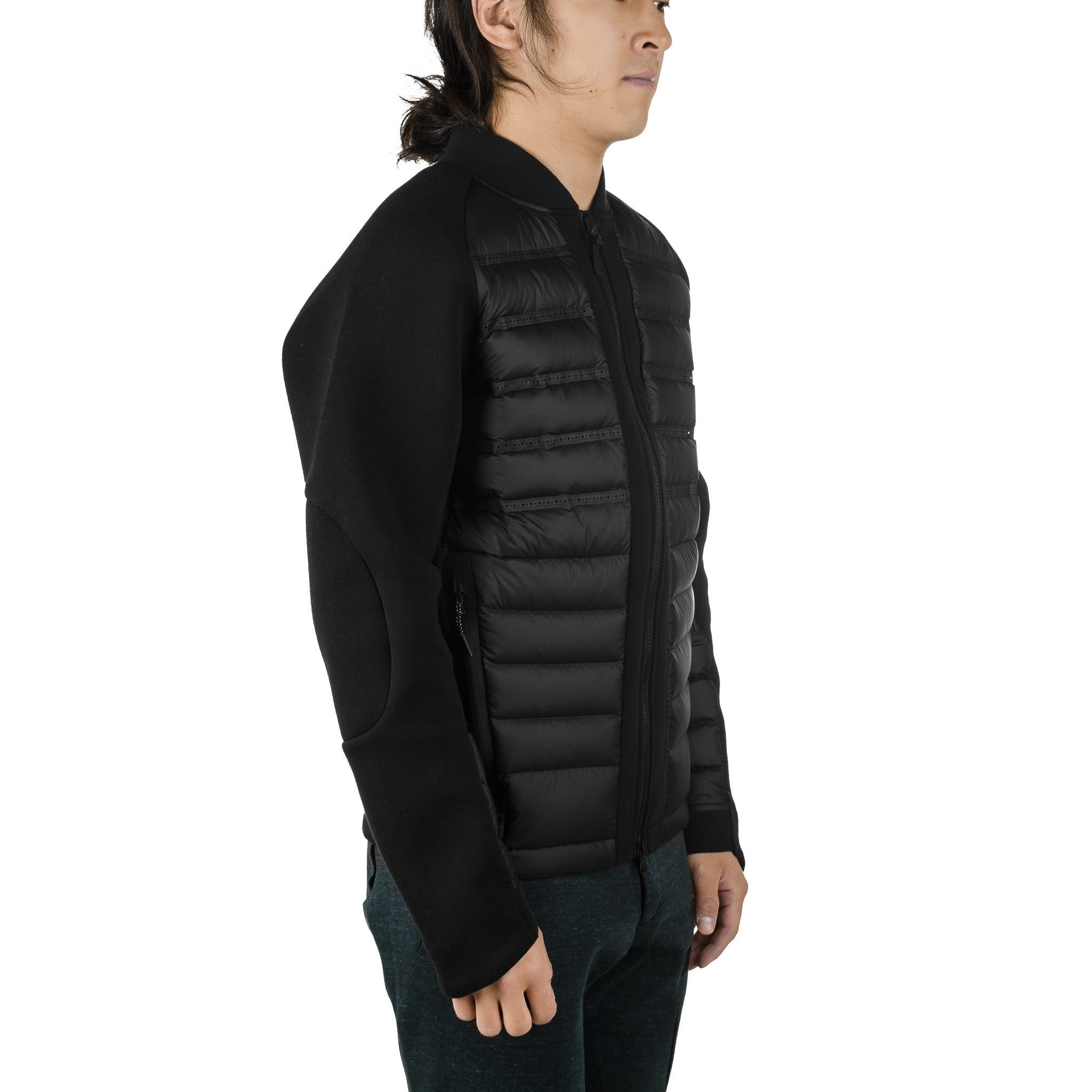 Tech Fleece Aeroloft Bomber 806837-010