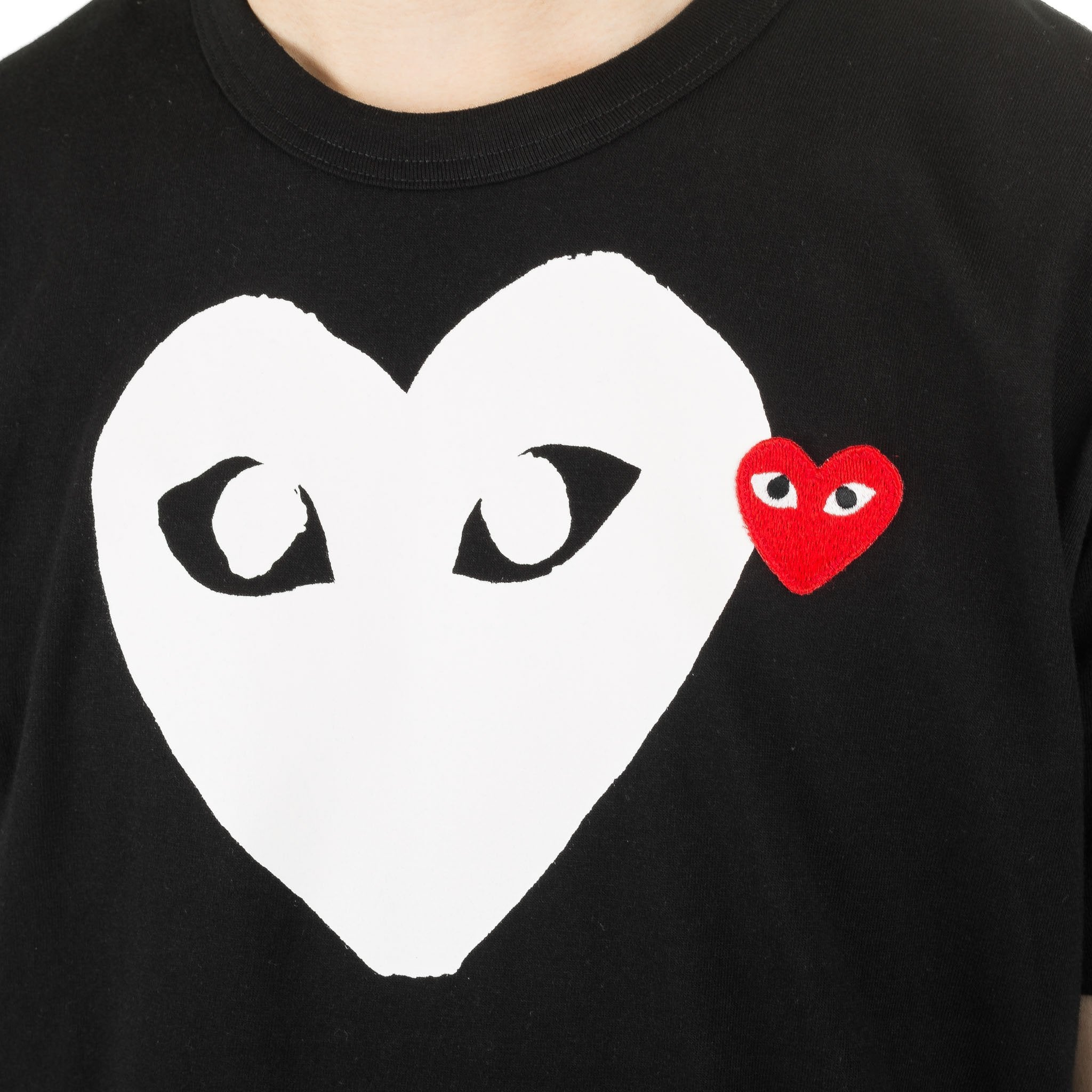 DOUBLE HEART WHITE PRINT AZ-T116-051-1 Tee Black