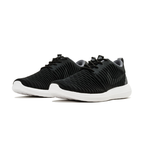 products/roshe_flyknit_black-1.jpg