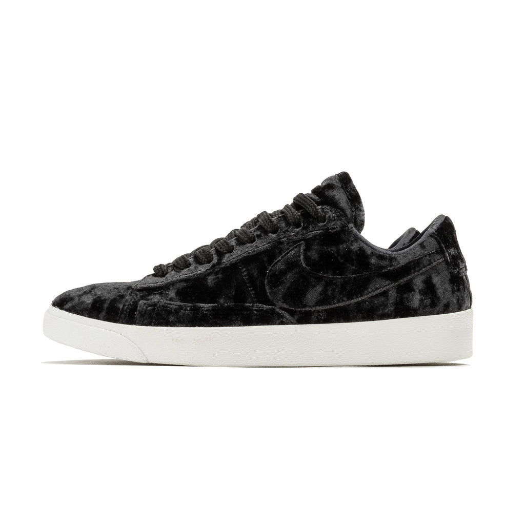 W Blazer Low LX AA2017-003 Black