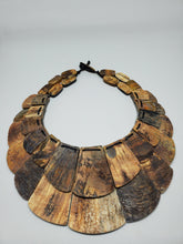 Load image into Gallery viewer, Chloe Statement Necklace (horn)