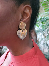 Load image into Gallery viewer, Lot's of Love Earrings (Horn)