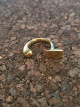 Load image into Gallery viewer, Konga Brass Rings (size 8)