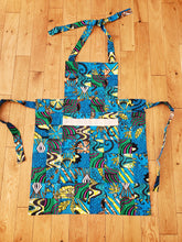 Load image into Gallery viewer, Komera Rwandan Apron