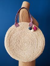 Load image into Gallery viewer, Umutima Straw Handbag
