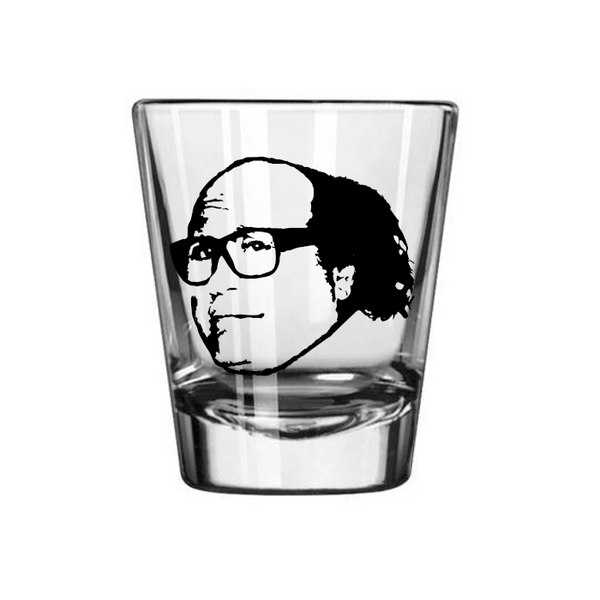Always Sunny in Philadelphia Shot Glass Frank Reynolds Philly Paddy's Irish Pub It's Dark Comedy TV Show Funny Nerd Geek Free Shipping Merch Massacre