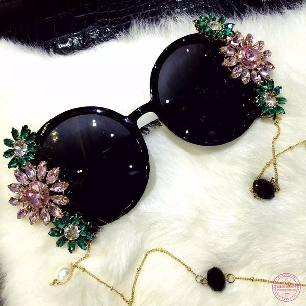 Baroque Pearl Chain Decoration Sunglasses