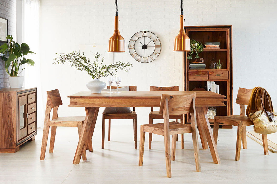 ROUTE Dining Table