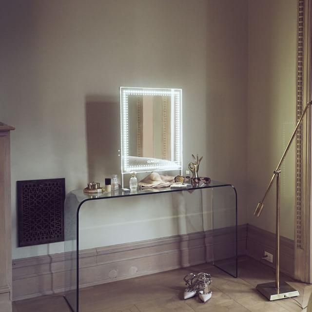 Glamcor Brilliant LED Light Salon Mirror