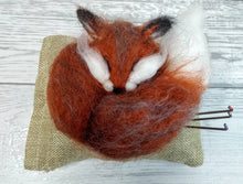 Load image into Gallery viewer, Needle Felt a Fox Craft Kit