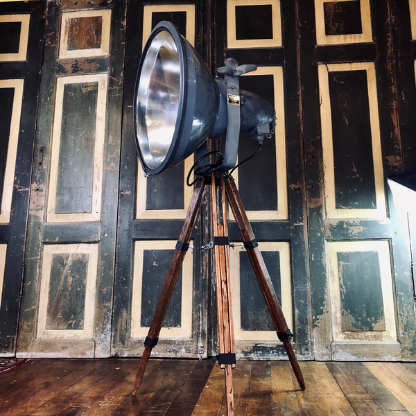 Kong Benjamin Lamp on Home Crafted Tripod
