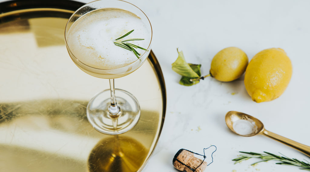 Lemon Spark non-alcoholic cocktail with Wild Life Botanicals Nude sparkling wine