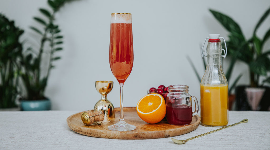Wild Life Botanicals low alcohol sparkling wine, low calorie, low alcohol mindful cocktail - Festive Mimosa.