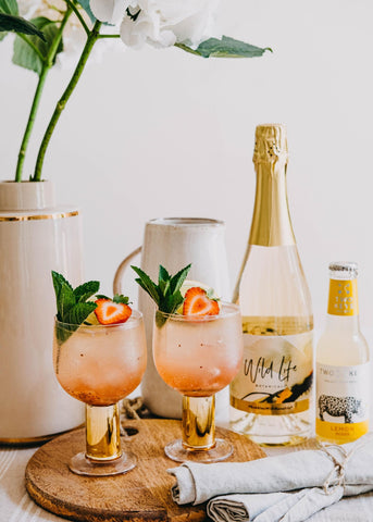 Bubbles & Berries non-alcoholic mindful cocktail with Wild Life Botanicals