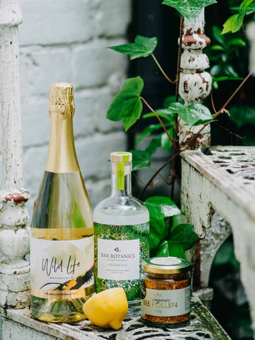 Garden Fizz non-alcoholic cocktail with Wild Life Botanicals sparkling wine