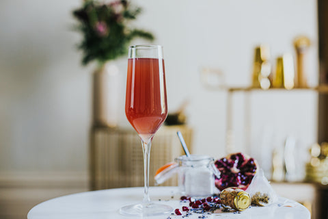 Chill out cocktail with Wild Life Botanicals Blush non-alcoholic sparkling wine